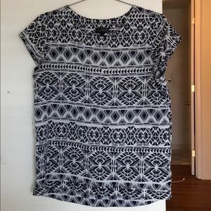 The Limited navy / white pattern blouse
